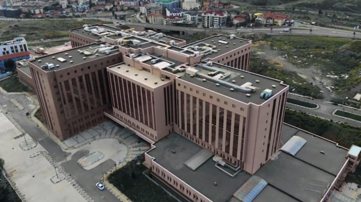 829 sismik izolatörle güçlendirilen Marmara Üniversitesi Pendik Başıbüyük Eğitim ve Araştırma Hastanesi hizmete açıldı