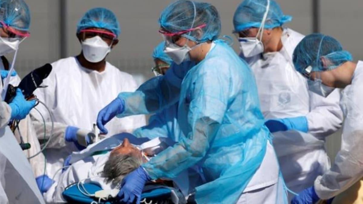Fransa'da koronavirüs nedeniyle ölü sayısı 13 bin 832'ye yükseldi