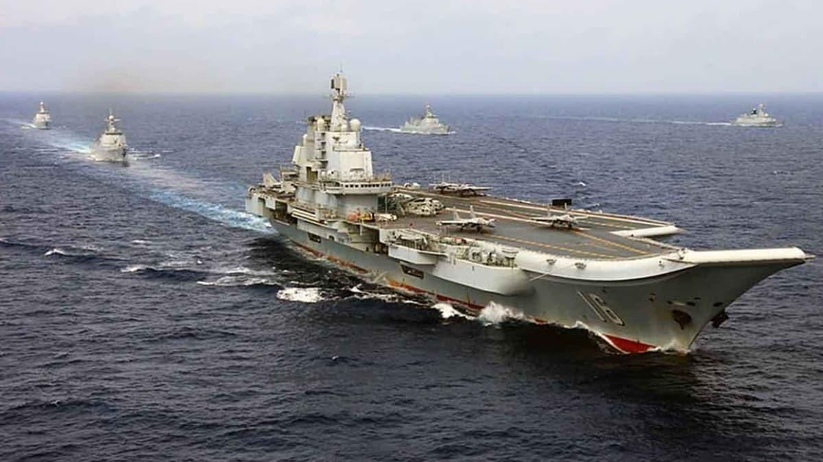Yüksek gerilim hattında gövde gösterisi! Dev uçak gemisi Liaoning 5 savaş gemisiyle bölgede!
