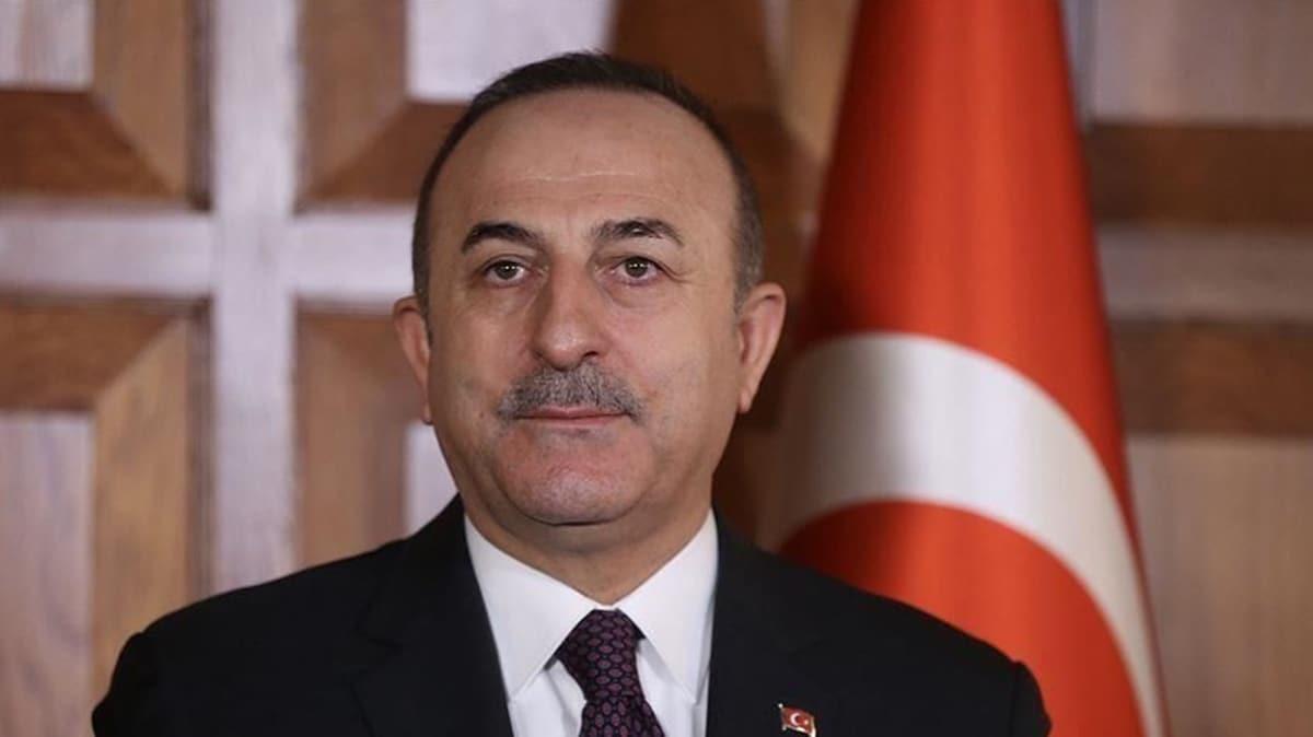 Bakan Çavuşoğlu, Filistinli Mültecilere Yardım Kuruluşu Genel Komiseri Lazzarini'yi tebrik etti