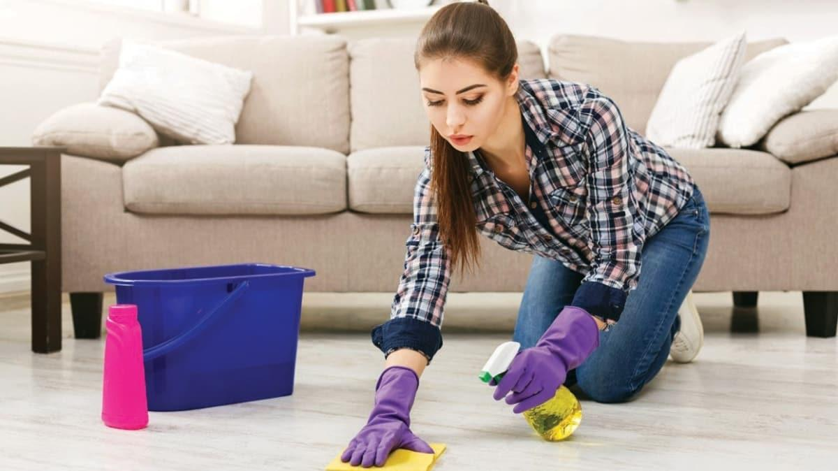 Evi temizlerken dikkat