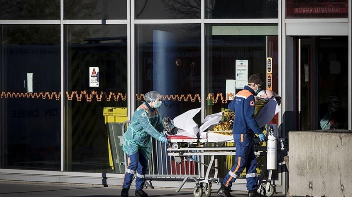 Fransa'da koronavirüs nedeniyle ölü sayısı 17 bin 920'ye yükseldi