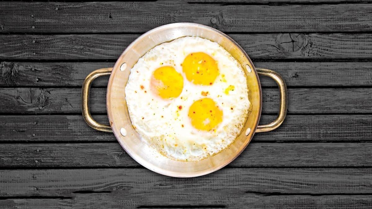 Sahanda yumurta: Bir kültür ve kimlik meselesi...