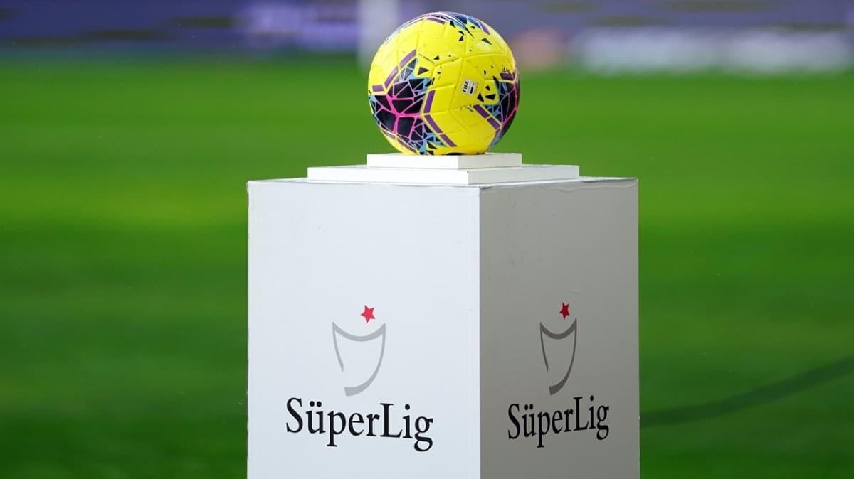 Katar, Süper Lig'in kalan maçlarının ülkelerinde oynanmasını önerdi