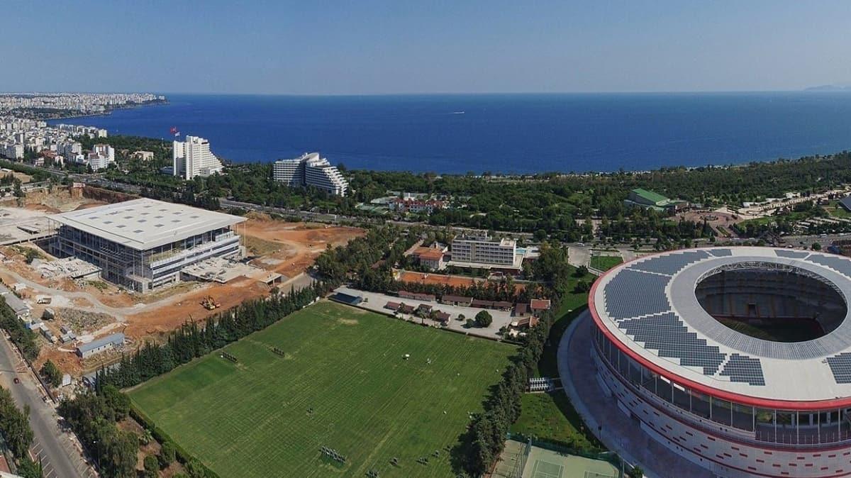 Bir ülke daha Türkiye dedi: Ligler Antalya'da oynansın
