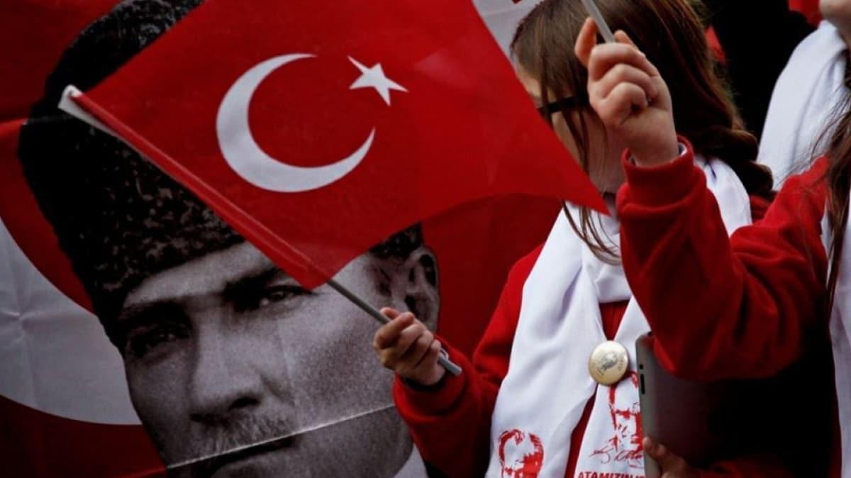Kulüp stadyumlarında İstiklal Marşı coşkusu