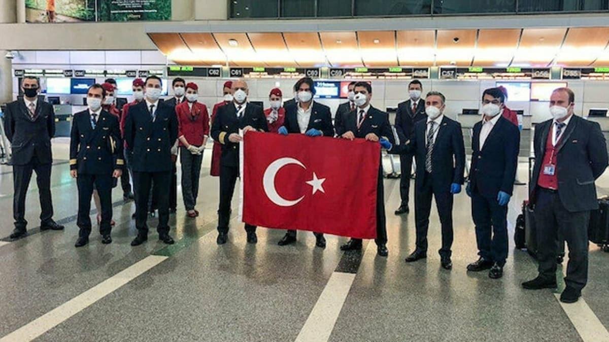 ABD'den Türkiye'ye ilk tahliye uçuşu gerçekleşti