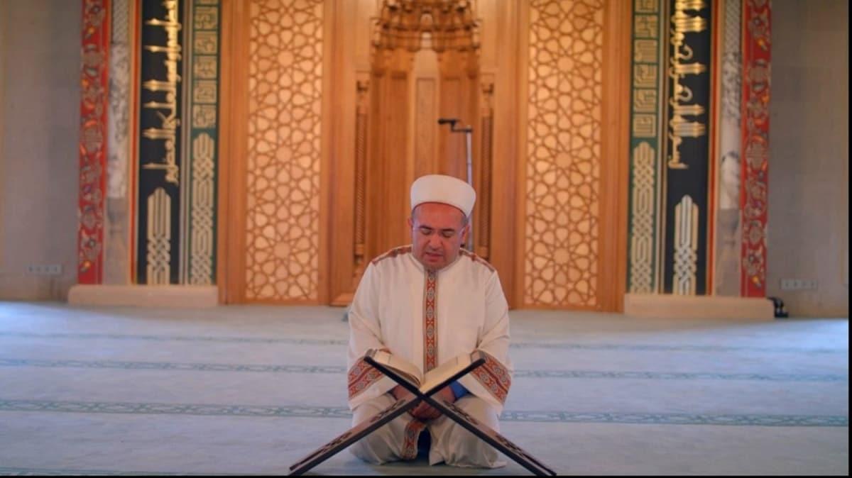 Yeniden inşa edilen tarihi camide 87 yıl sonra ilk mukabele okundu