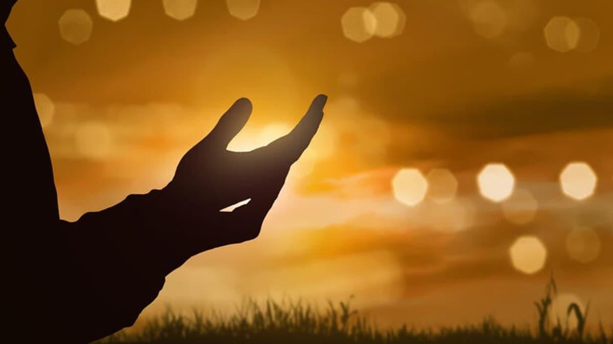 Doğru dua etmek kabul kapısını açar