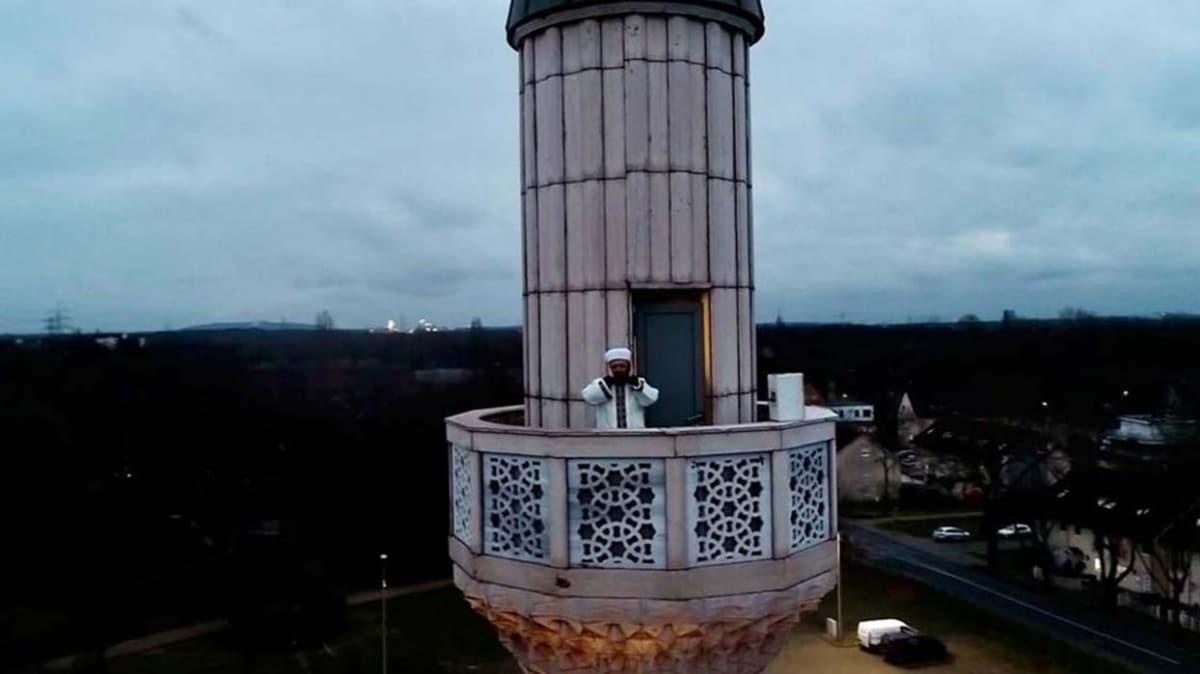 """Camilerde yeniden ezan sesi... Avrupa'da aşılamayan tabu yıkılıyor mu"""""""