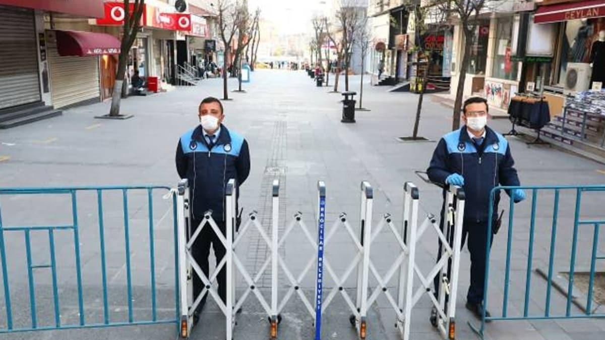 Bağcılar'da yürüyüş yollarına giriş-çıkış yasağının süresi uzatıldı