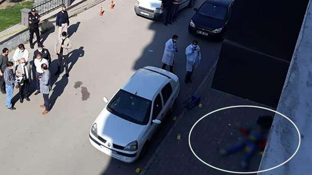 Sokak ortasında silahlı çatışma! 2 kişi öldü, 3 kişi yaralandı