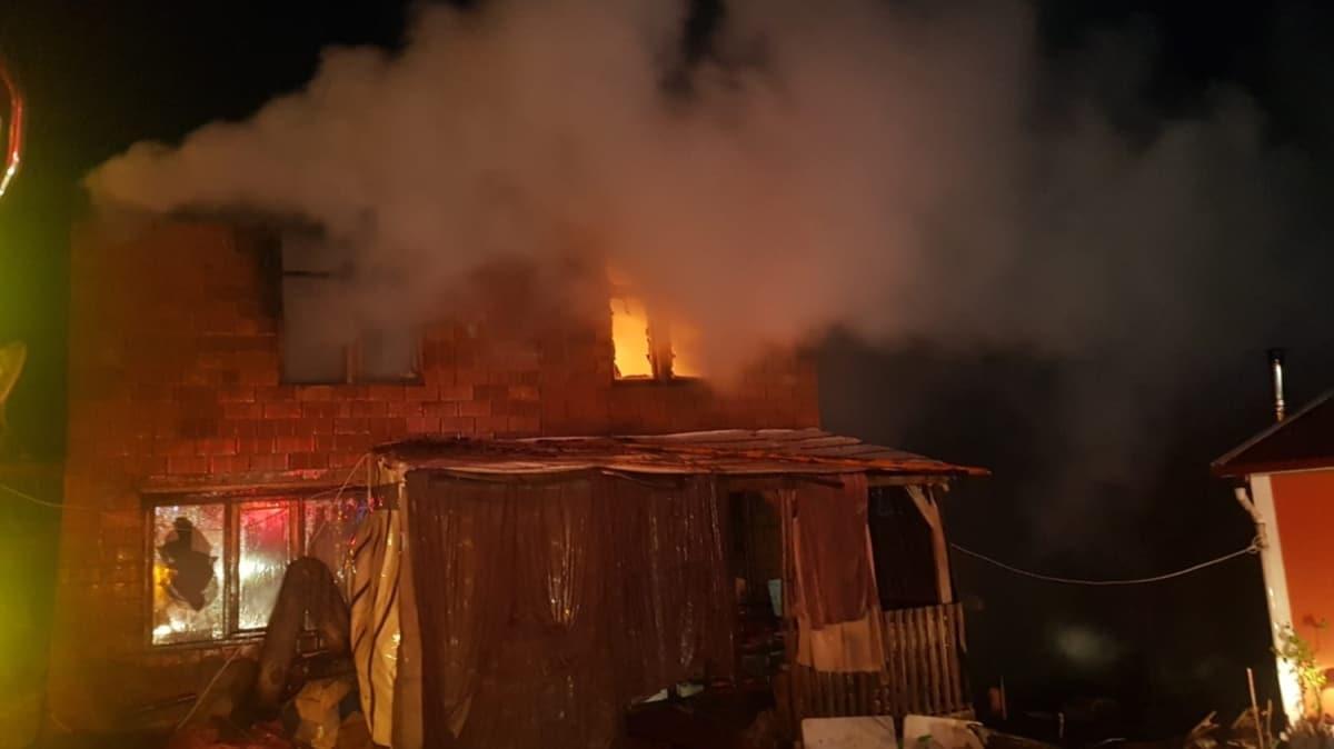 Sakarya'da yangın çıkan evde 9 yaşındaki çocuk öldü