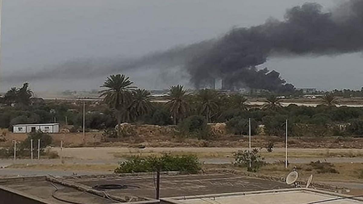 UMH birlikleri Hafter milislerine mühimmat taşıyan araçlara hava harekatı düzenledi