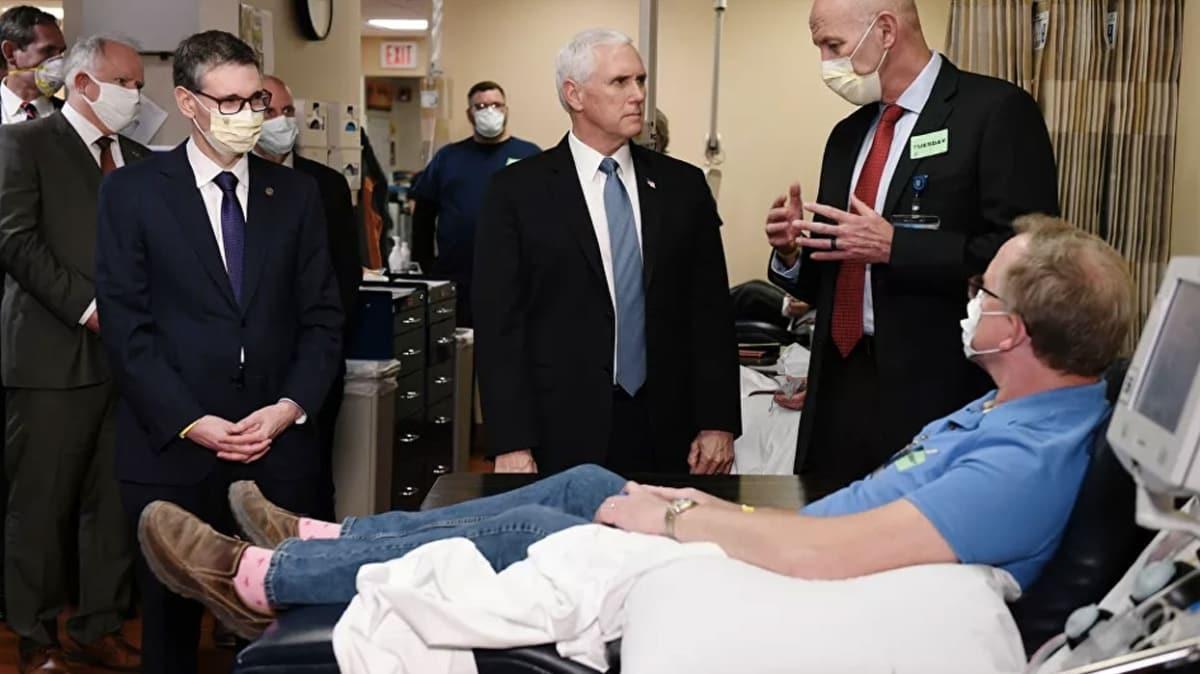 ABD Başkanı Yardımcısı Mike Pence uyarılara rağmen ziyaret ettiği hastanede maske takmayan tek kişi oldu