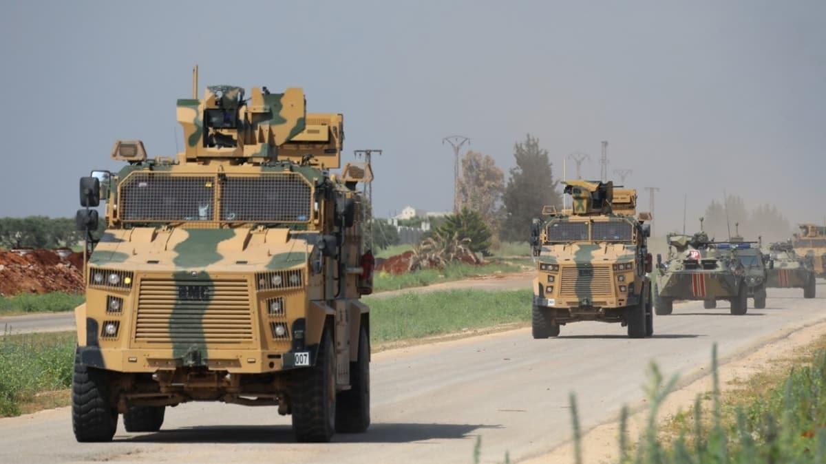 MSB: İdlib'deki M4 Karayolunda 7'nci Türk-Rus Birleşik Kara Devriyesi icra edildi
