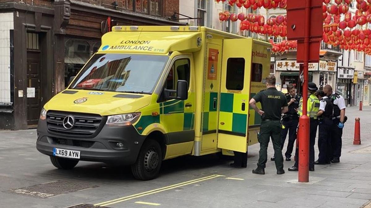 İngiltere'de koronavirüs nedeniyle ölenlerin sayısı 26 bin 711'e yükseldi