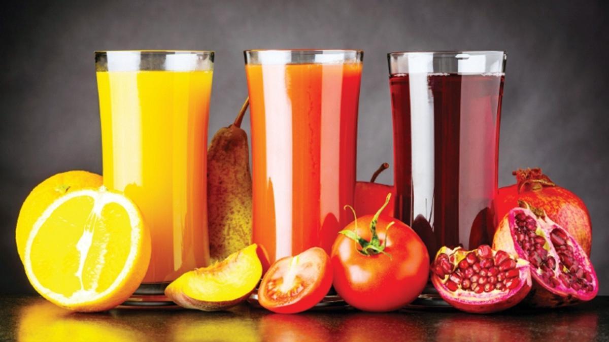 Meyve suyu sıvı kaybını önler