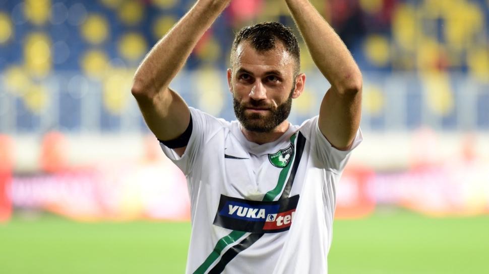 Denizlispor iç transferde Mustafa Yumlu, Oğuz Yılmaz ve Zeki Yavru'yla anlaştı