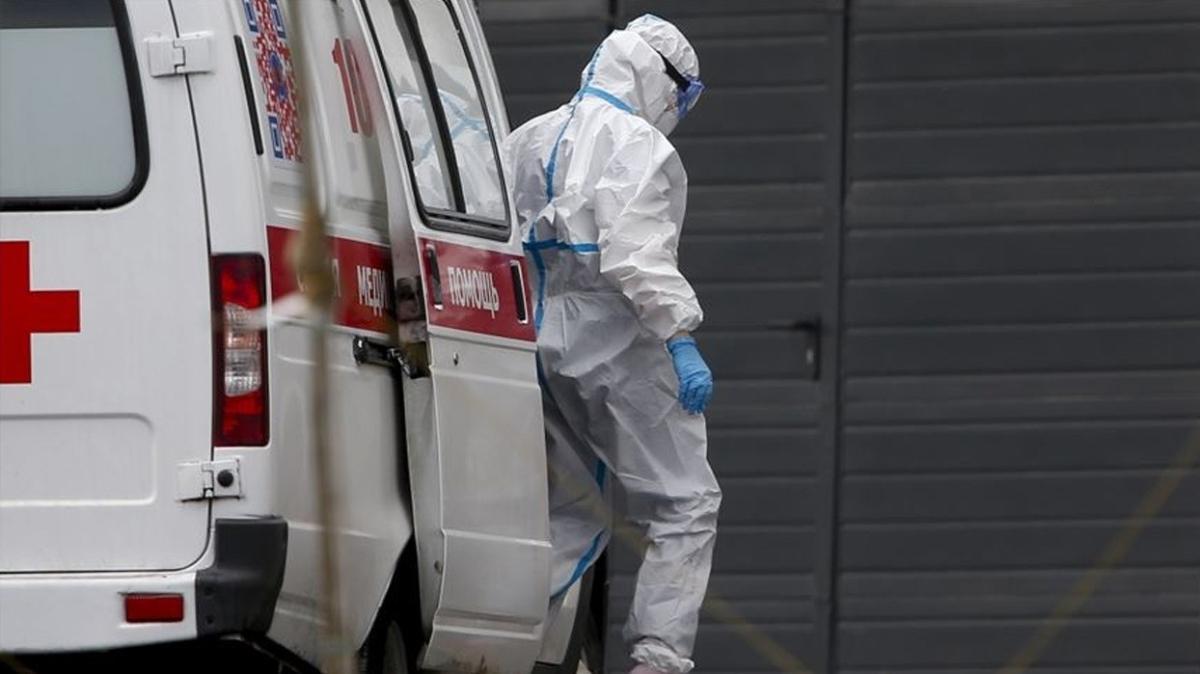 Dünya genelinde koronavirüs bulaşan kişi sayısı 3 milyon 700 bini geçti