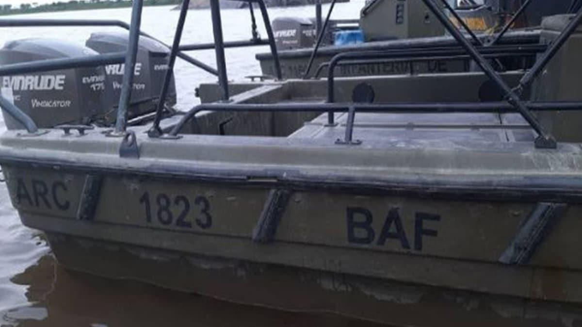 Venezuela'da, Kolombiya Deniz Kuvvetleri sembollü 3 savaş botu ele geçirildi!