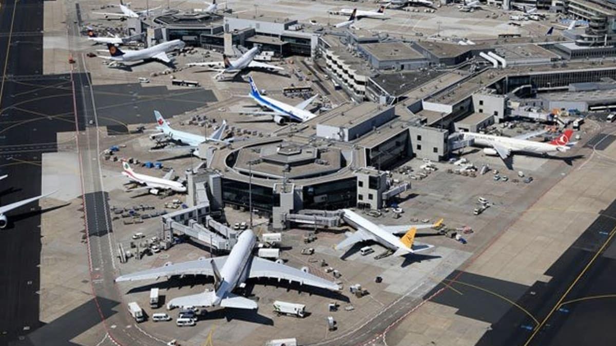 Frankfurt Havalimanı'nın yolcu sayısı yılın ilk 4 ayında yüzde 45,7 azaldı