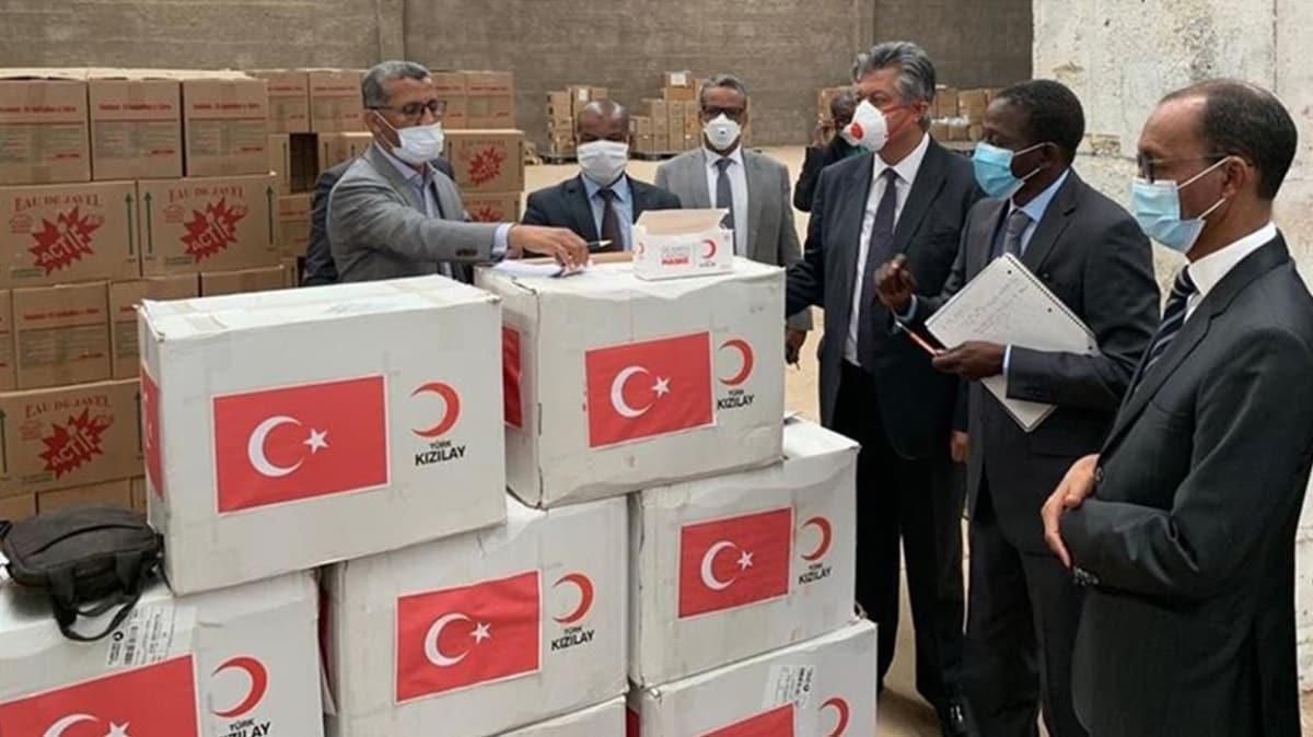 Türk Kızılayından koronavirüsle mücadelede Moritanya'ya maske yardımı