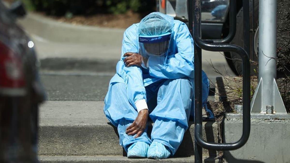 ABD'de son 24 saatte 1422 kişi öldü