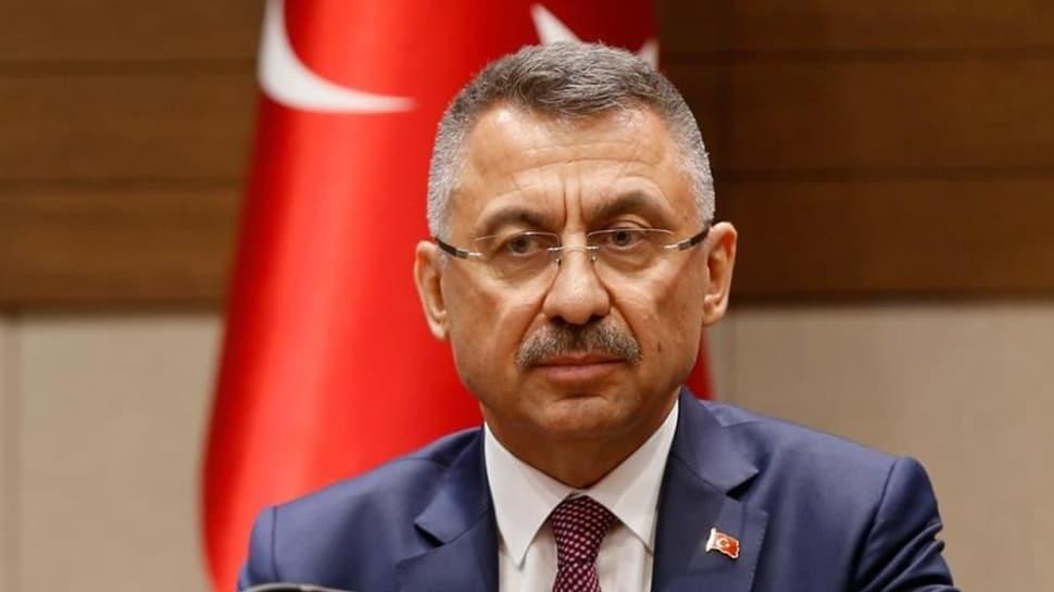 Cumhurbaşkanı Yardımcısı Oktay'dan cami hoparlöründen müzik yayınına tepki