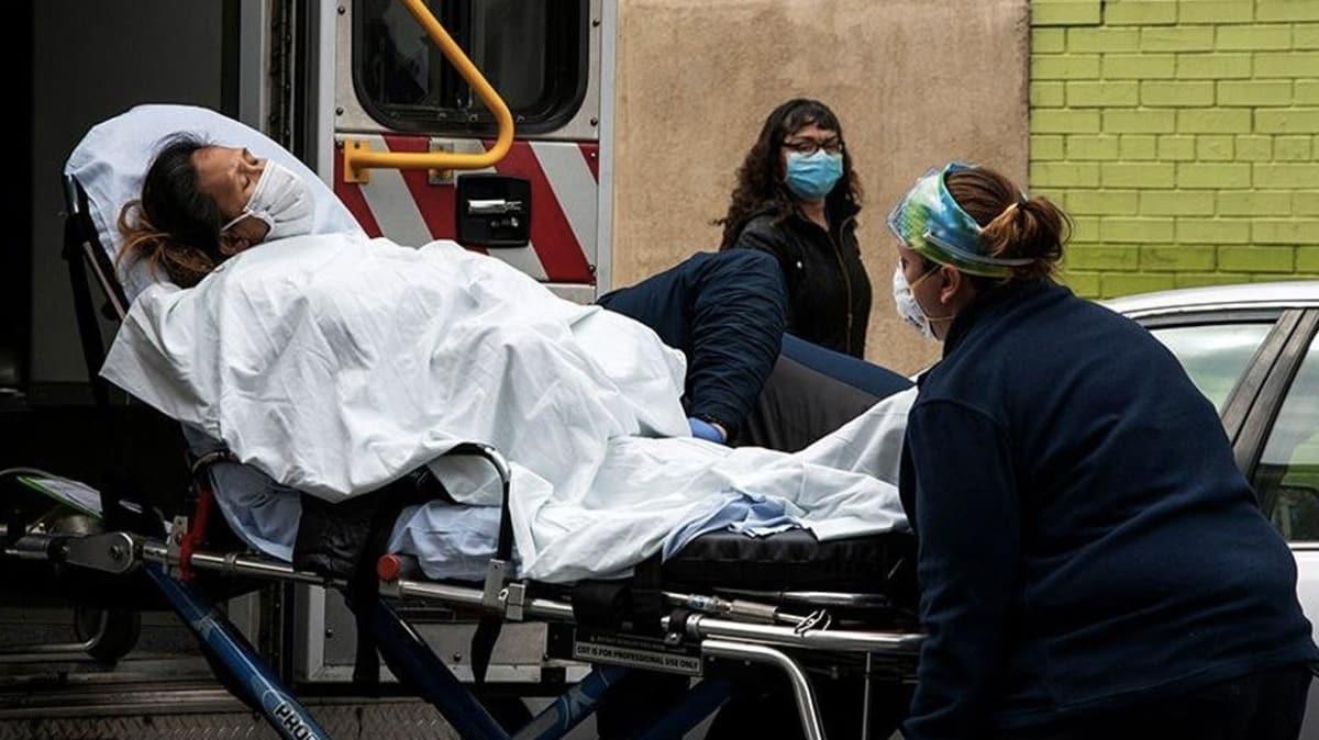 ABD'de son 24 saatte 1373 kişi hayatını kaybetti