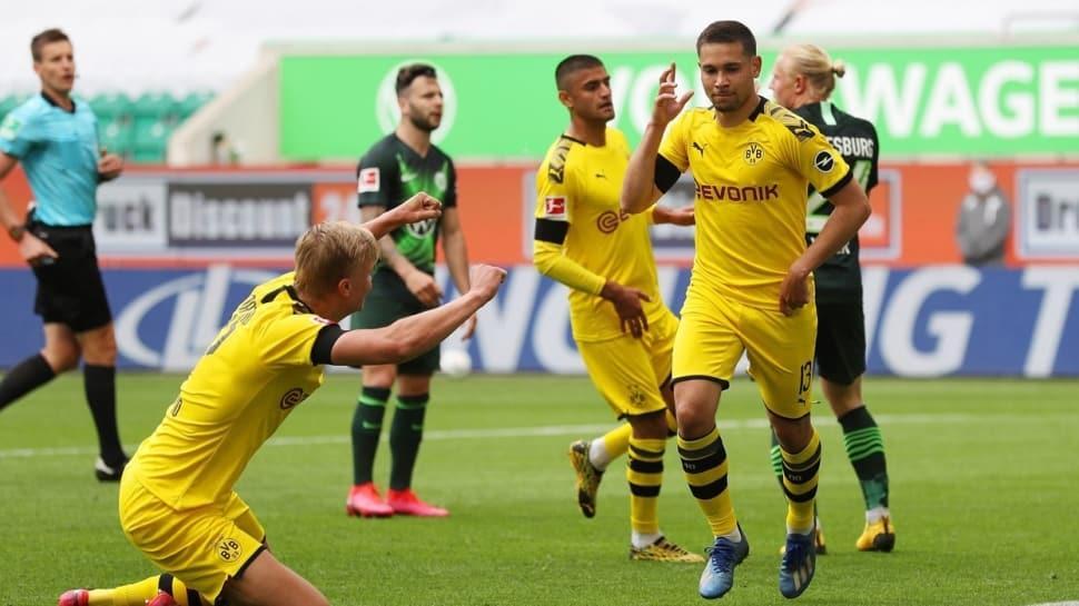 Borussia Dortmund deplasmanda Wolfsburg'u 2-0 mağlup etti ve zirve yarışını sürdürdü