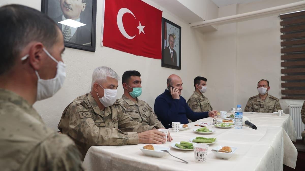 Bakan Soylu asker ailelerinin bayramını kutladı