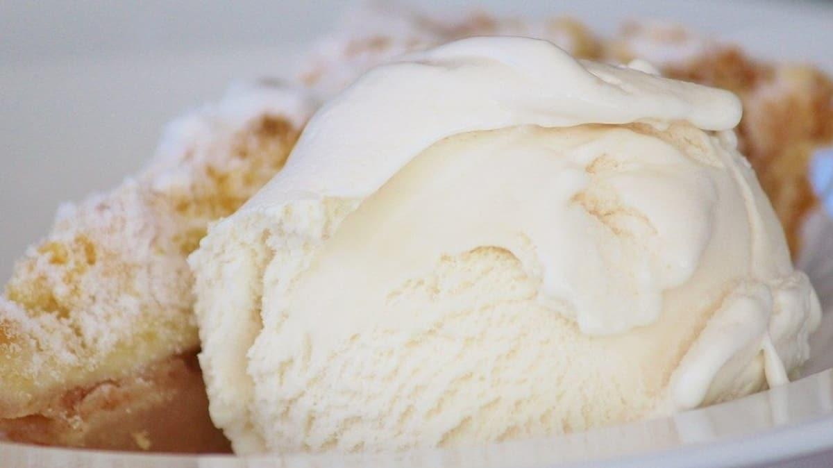 """Salepli dondurma nasıl yapılır""""  Baklava yerine salepli dondurma tarifi"""