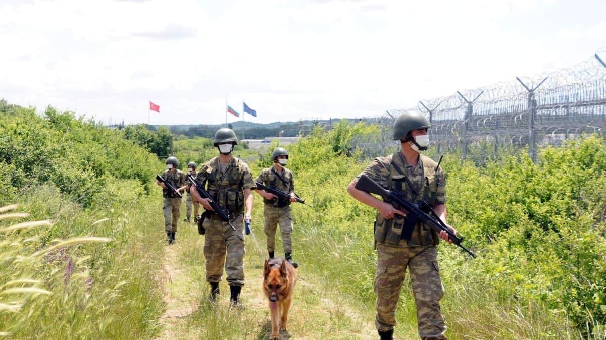 Hudut Kartalları'nın Yunanistan ve Bulgaristan sınırındaki bayram mesaisi görüntülendi