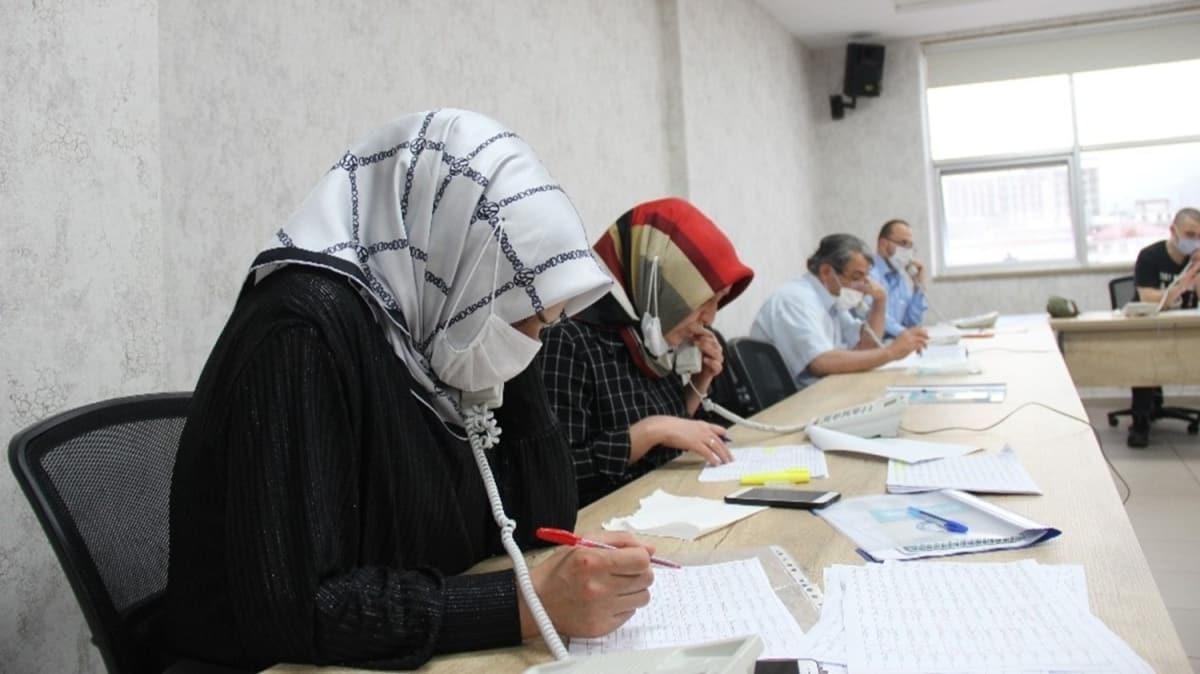 Çay toplamak için Rize'ye gelen vatandaş sayısı 15 bine ulaştı