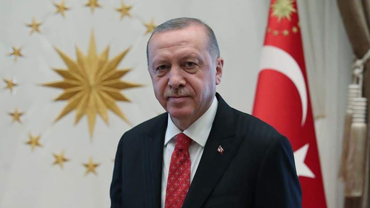 Başkan Erdoğan, gençlere şiirle seslendi