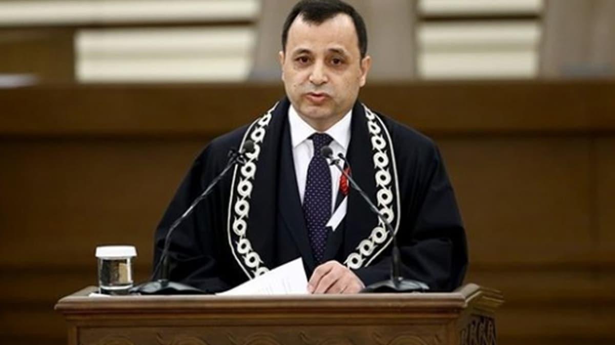 Anayasa Mahkemesi Başkanı Arslan'dan koronavirüsle ortak mücadele mesajı