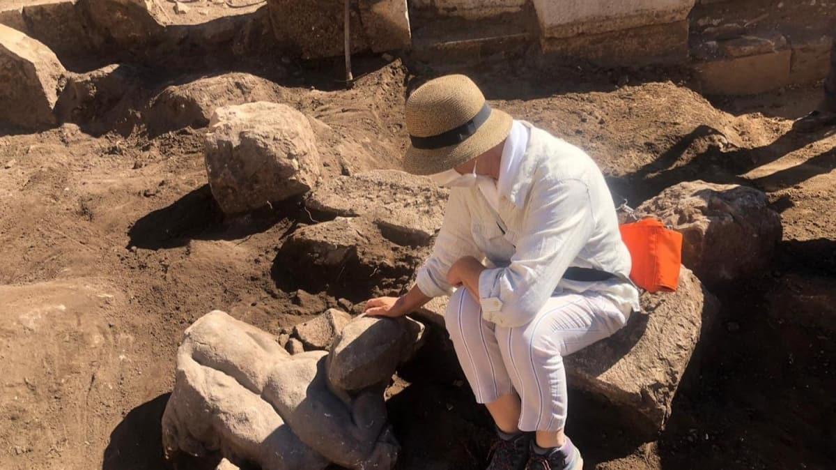Patara'da heyecanlandıran keşif! İki heykel daha bulundu