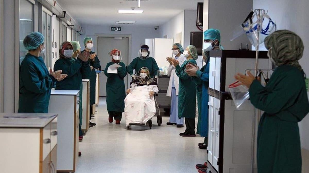 Bakan Koca açıkladı... Koronavirüste son durum: Türkiye'de Kovid-19'dan iyileşen hasta sayısı 122 bin 793 oldu
