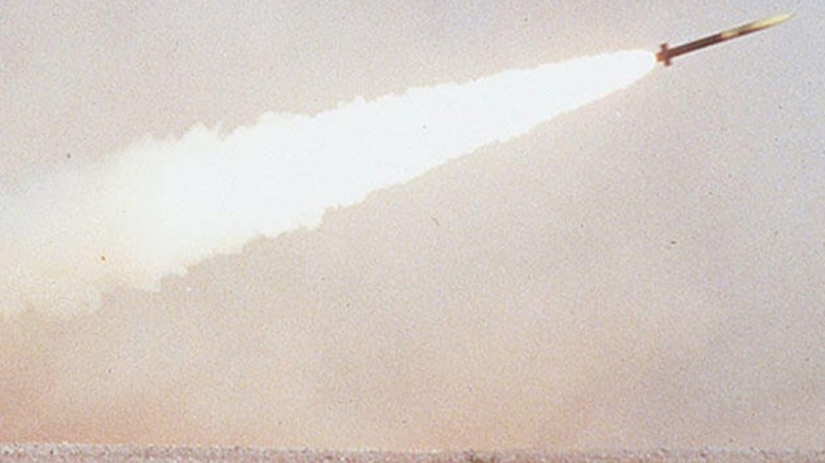 Husilerden Marib'de askeri karargaha balistik füze saldırısı: 7 ölü