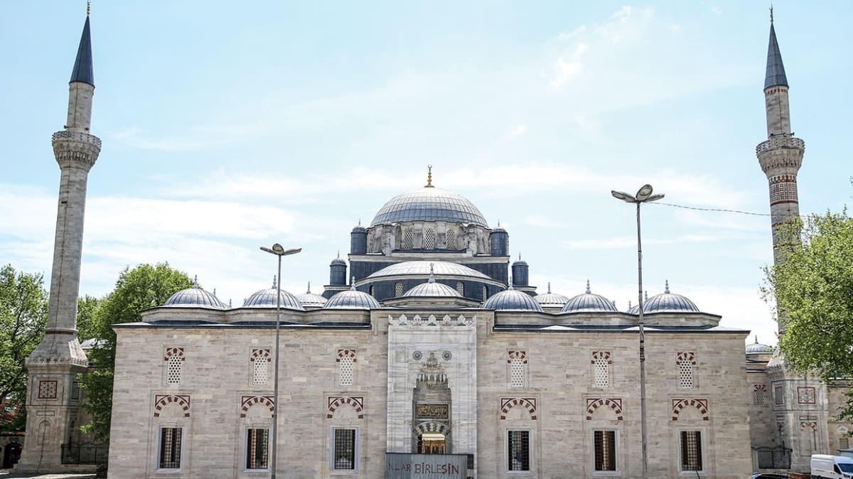 Restorasyon tamamlandı! Beyazıt Camii 8 yıl sonra ibadete açılıyor