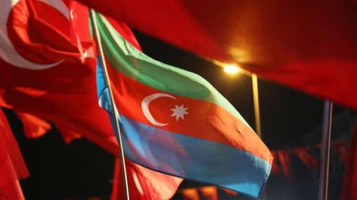 Kardeş ülke bağımsızlığını kutluyor! Türkiye'den tebrik mesajları...