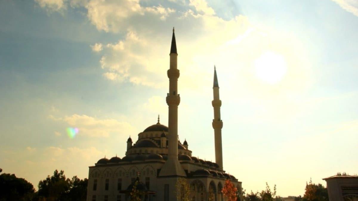Cuma namazı kılınacak camiler listesi