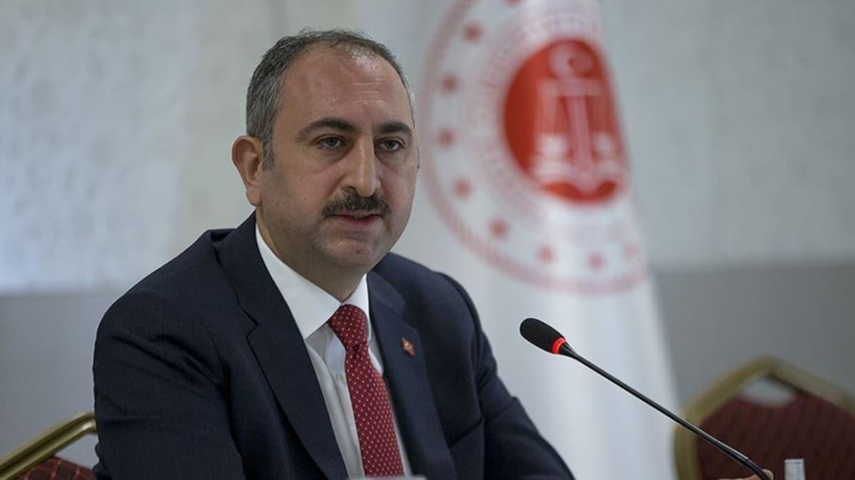Adalet Bakanı Gül, Ermeni Kilisesi'ne yapılan saldırıyı kınadı