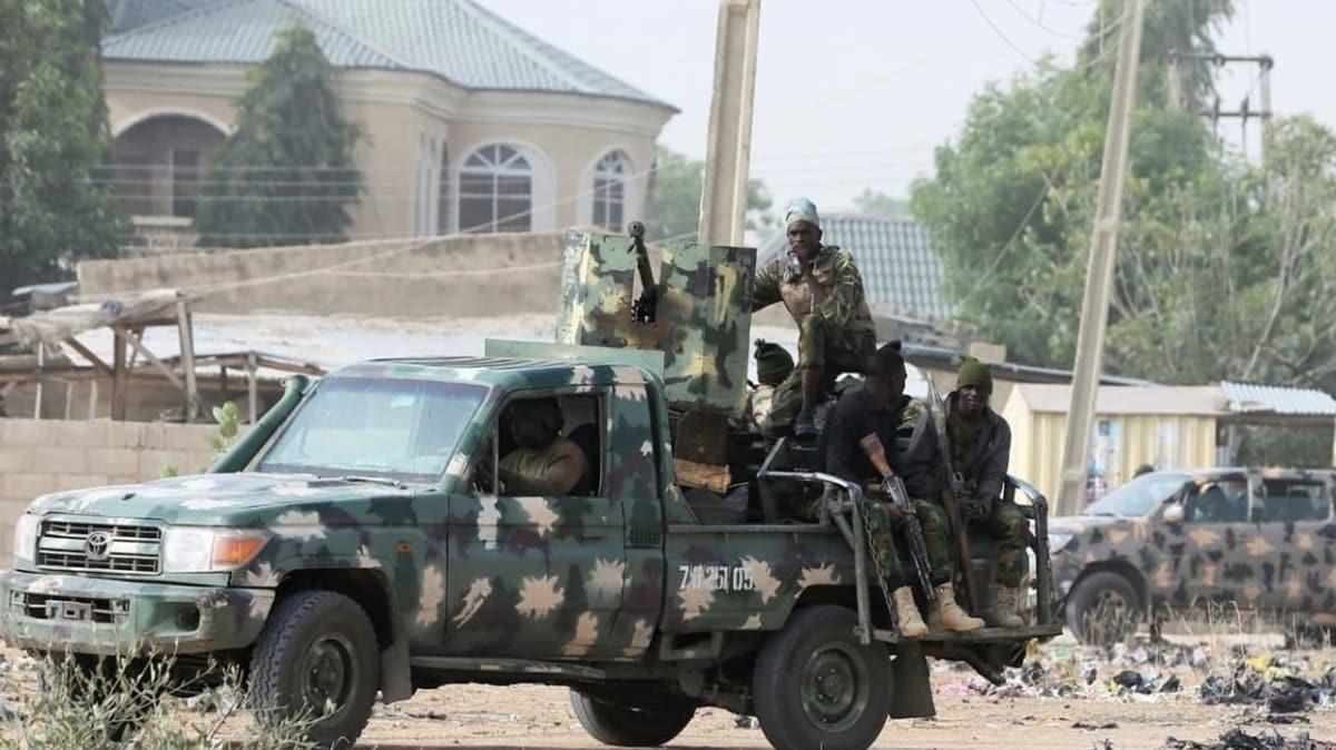 Nijerya'da düzenlenen silahlı saldırılarda çok sayıda kişi hayatını kaybetti
