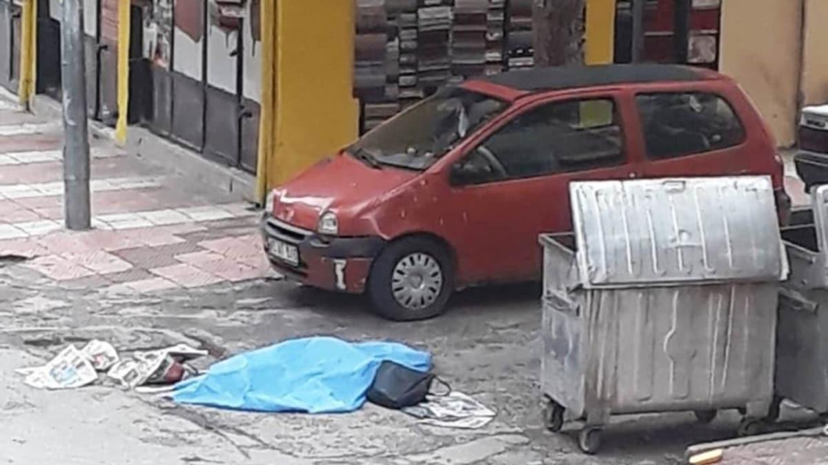 Manisa'da genç kız sokak ortasında öldürüldü