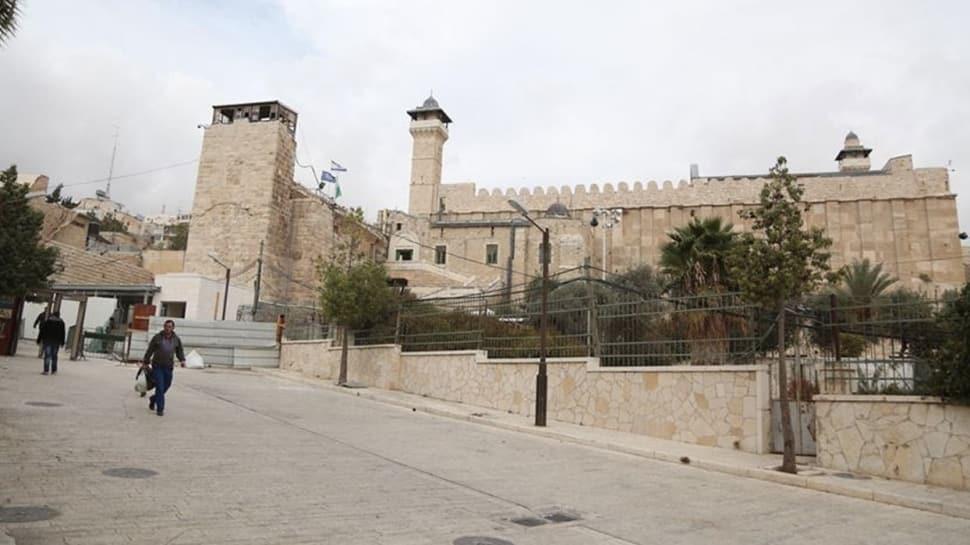 İsrail güçleri Harem-i İbrahim Camisi'nde ezan okunmasına engel oldu