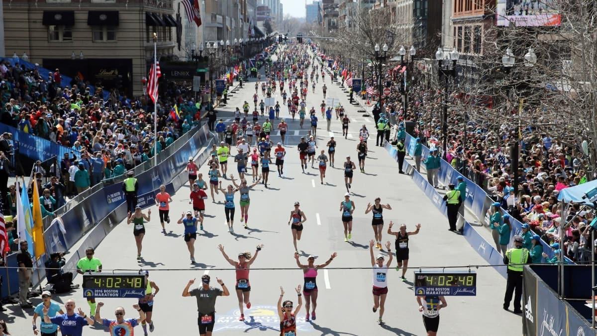 Boston Maratonu iptal edildi