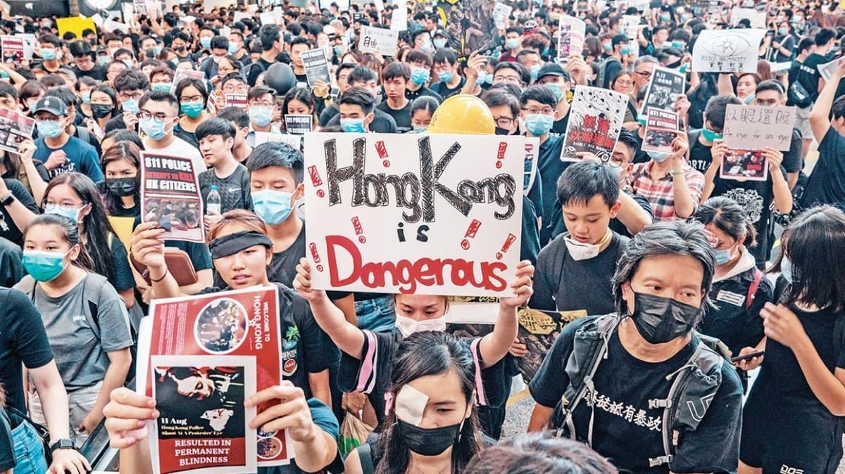 Tehdit gibi uygulamalar! Çin'e Batı'dan Hong Kong baskısı