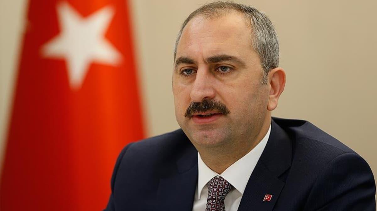 Adalet Bakanı Gül'den şehit polis memuru için başsağlığı mesajı